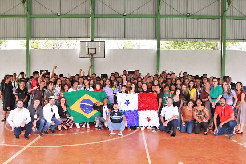 PEPA: CEF 3 de Taguatinga recebe visita da Embaixada do Panamá