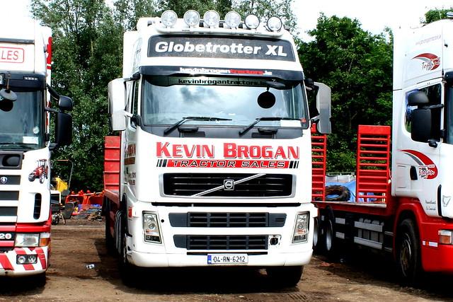 VOLVO FH GLOBETROTTER XL 04-RN-6212 KEVIN BROGAN TRACTOR SALES