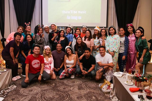 Team Seda Abreeza and Team Davao Media during the Seda Media Party (1)