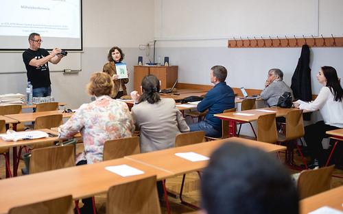 Identitás és nyelv - Az identitás formálódása több kultúra és nyelv környezetében