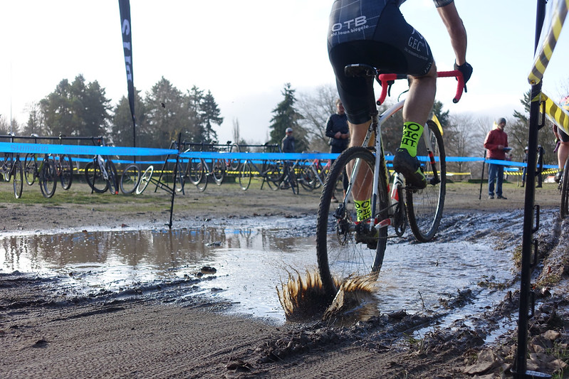 Cross Revolution North Seatac Park #2 2019 - puddle wheelie