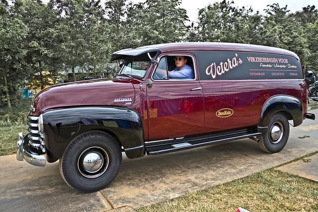 Chevrolet Thriftmaster 3100 Van 1951 (4281)