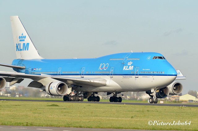 KL686 KLM Boeing 747 (PH-BFI) from Mexico City arriving at Schiphol Amsterdam
