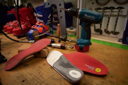 Anatomicky tvarované stélky do lyžáků – proč je ještě nemáte?!