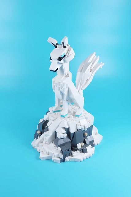 雪狐 Snowfox #legomoc #lego #legophotography #legocreation #legolife #legobuilder #myth #fox