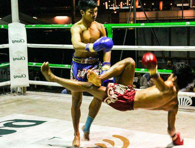 Kalare Boxing Stadium (Chiang Mai, Thailand) – Brochures, Info & Travellers Reviews