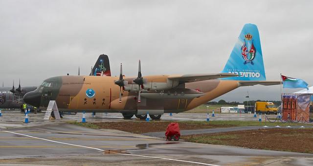 C-130H Hercules 345 de Jordania. Aviones militares de transporte y de repostaje en vuelo.
