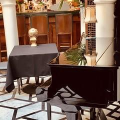 Classy table #rickscafecasablanca #rickscafe #morocco