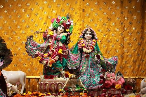 ISKCON Punjabi Bagh Deity Darshan 30 Nov 2019