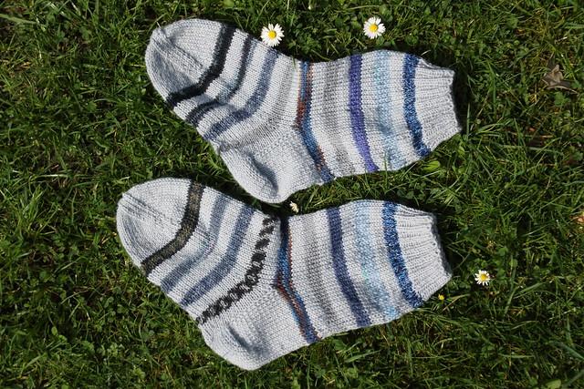 Grey striped socks (II)