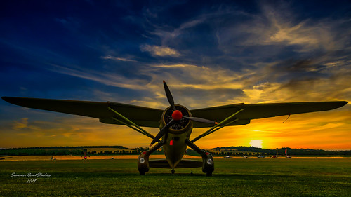lysander aircraft airshow duxford flyinglegends aircraftrestorationcompany wings unitedkingdom dawn sunrise