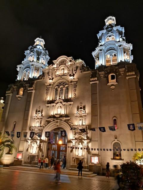 Iglesia de la Virgen Milagrosa, Miraflores, Lima