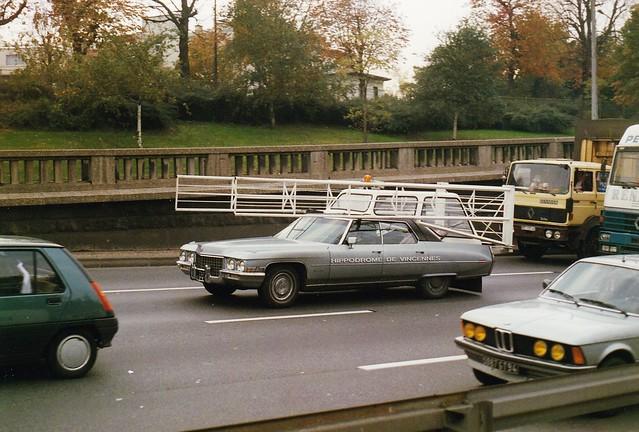 Cadillac Sedan DeVille 1971 Hippodrome de Vincennes Périphérique Porte de Vincennes Paris 1988a