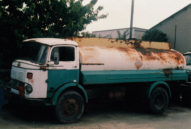 Mercedes 1113 Petrol BP Argenteuil (95 Val d'Oise) 1989a
