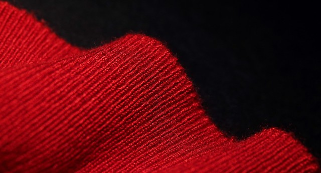 Red warm sweater for cold moments 339