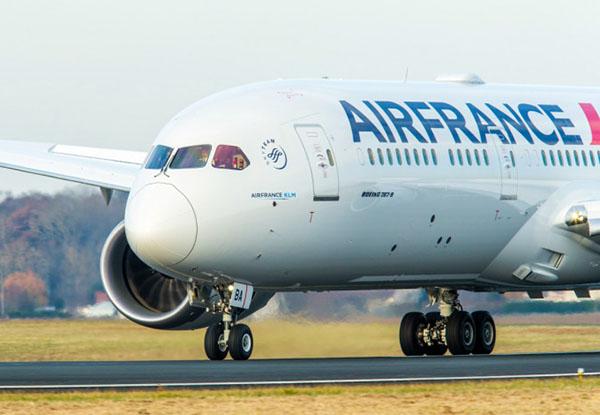 Air France B787-9 landing (Air France)