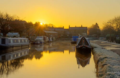 Dawn at the five rise locks