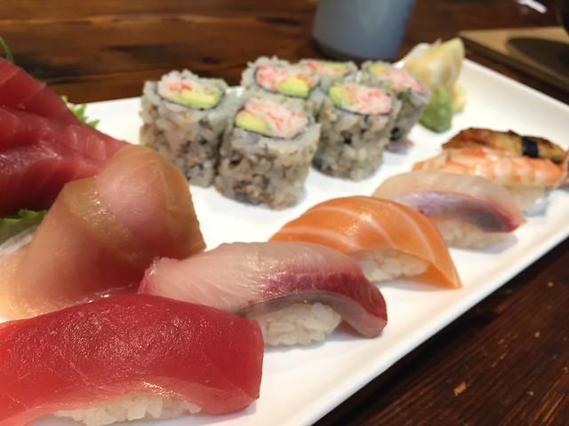 Sushi Sashimi Lunch @ Sanraku