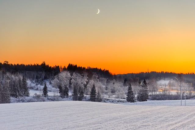 New moon at sunset, Hølen, Norway