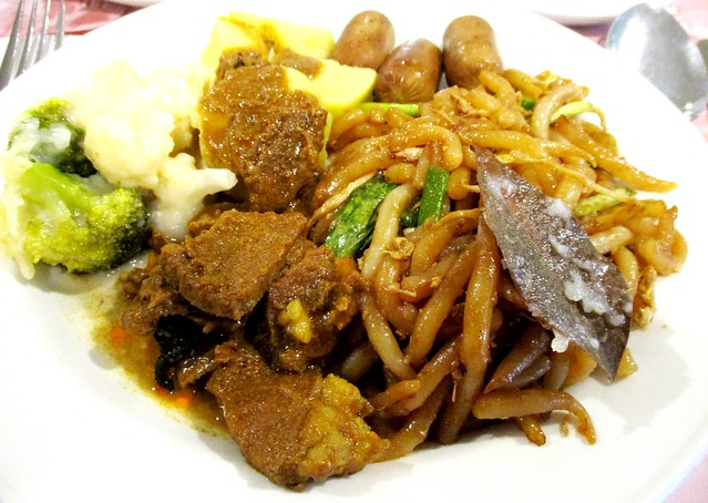 Mega Hotel Miri buffet breakfast lǎo shǔ fěn