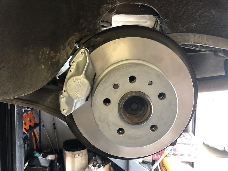 450SLC rear caliper