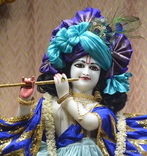 ISKCON Juhu Mangal Deity Darshan on 1st Dec 2019