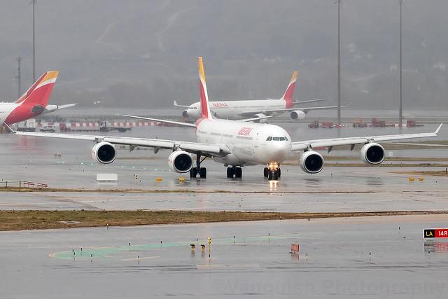 EC-LCZ Iberia A340-600 Madrid Barajas