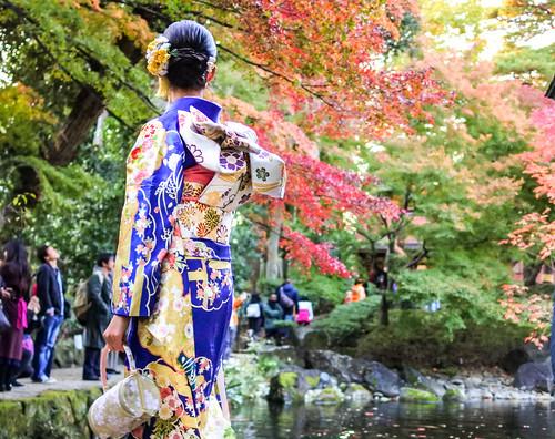 tokyo suginami 荻窪 杉並区 ogikubo otaguropark 公園 大田黒公園 park 紅葉 楓 autumnleaves maple kimono 着物 lady