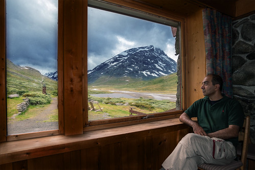 mountain mountains norway trekking outdoors norge cabin outdoor hiking getaway window nature sky clouds cloudy raining scene tranquil remote life outdoorlife tranquilscene nikon 1835mm d600 21mm