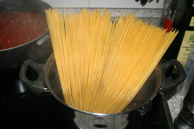 14 - Spaghetti kochen / Cook spaghetti