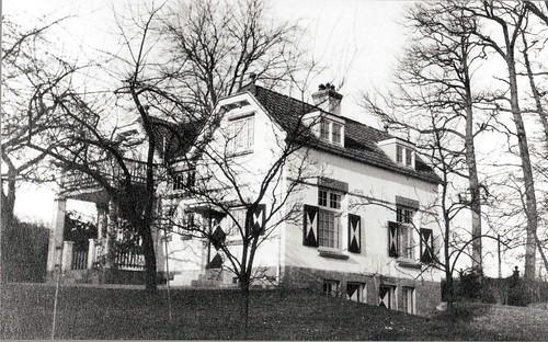 De in 1921 gebouwde tuinmanswoning van Angerenstein