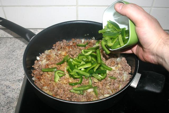 05 - Paprika hinzufügen / Add bell pepper