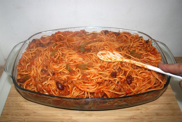 26 - Nudeln glatt streichen / Flatten pasta