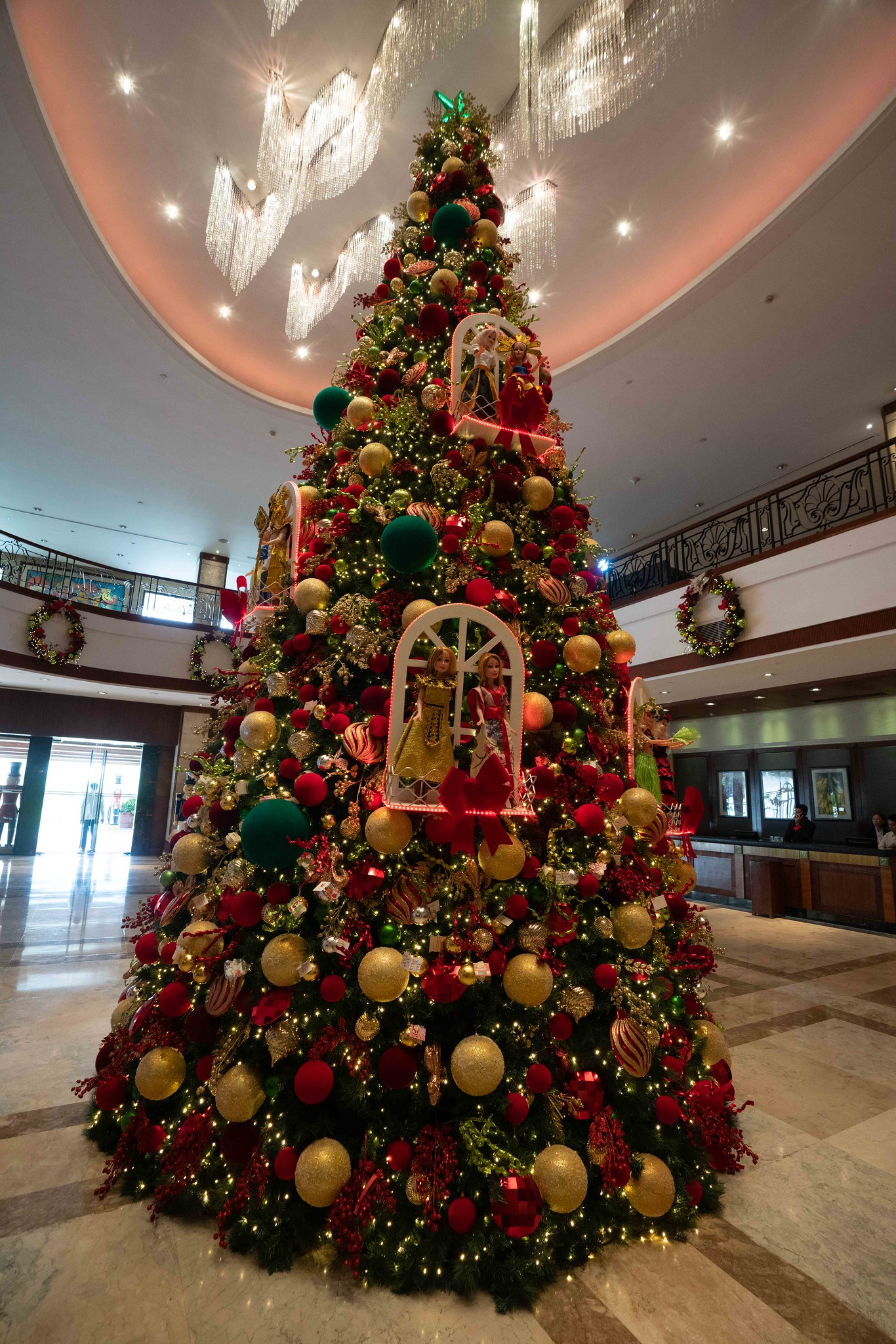 Marco Polo Plaza's Tree of Hope