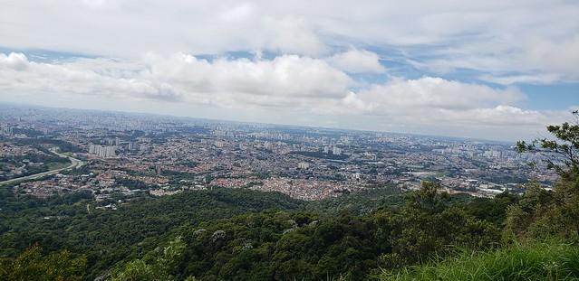 A Capital vista do mirante do Pico do Jaraguá