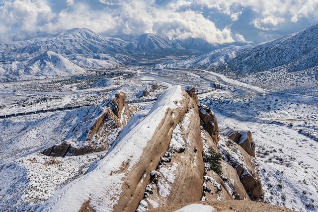 Mormon Rocks Knifes Edge
