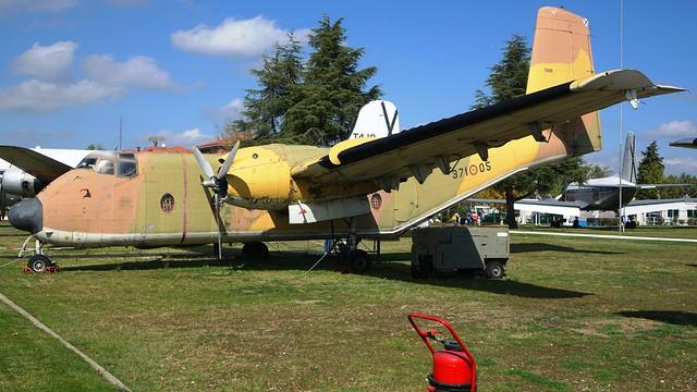 De Havilland Canada DHC-4A CV-2A / C-7A Caribou 61-2394 / T.9-25 in Madrid