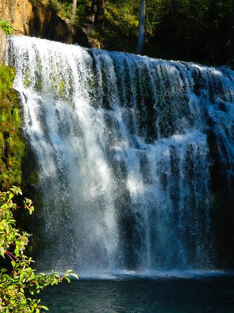 MIDDLE McCloud Falls, California