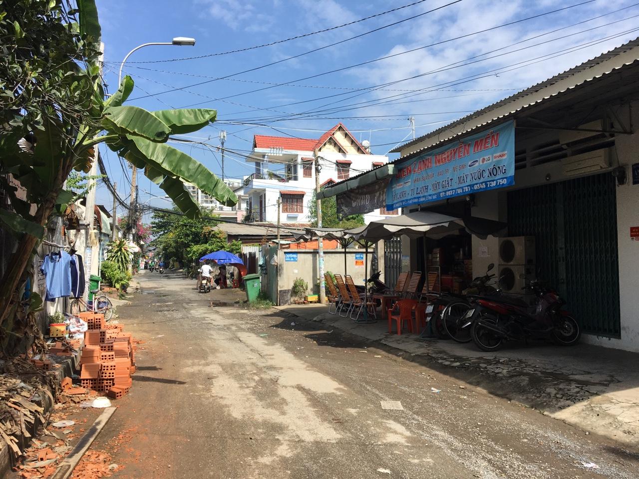 Đường từ Phạm Văn Đồng vô nhà