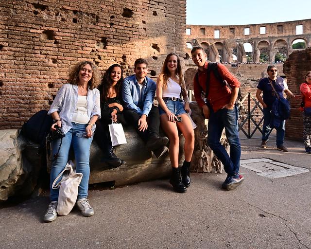 La famila junta en el Coliseo