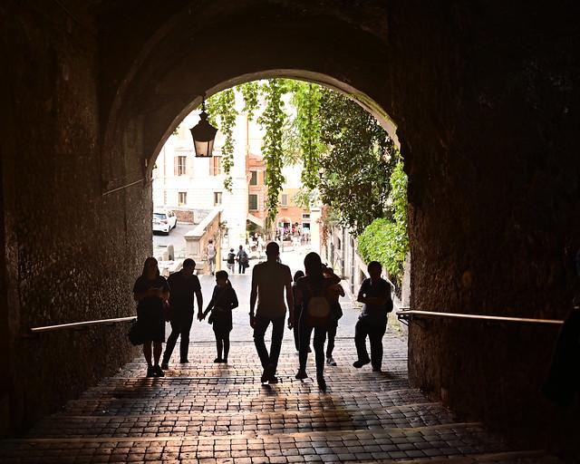 Via di Francesco di Paola camino de la iglesia de San Pietro in Vincoli