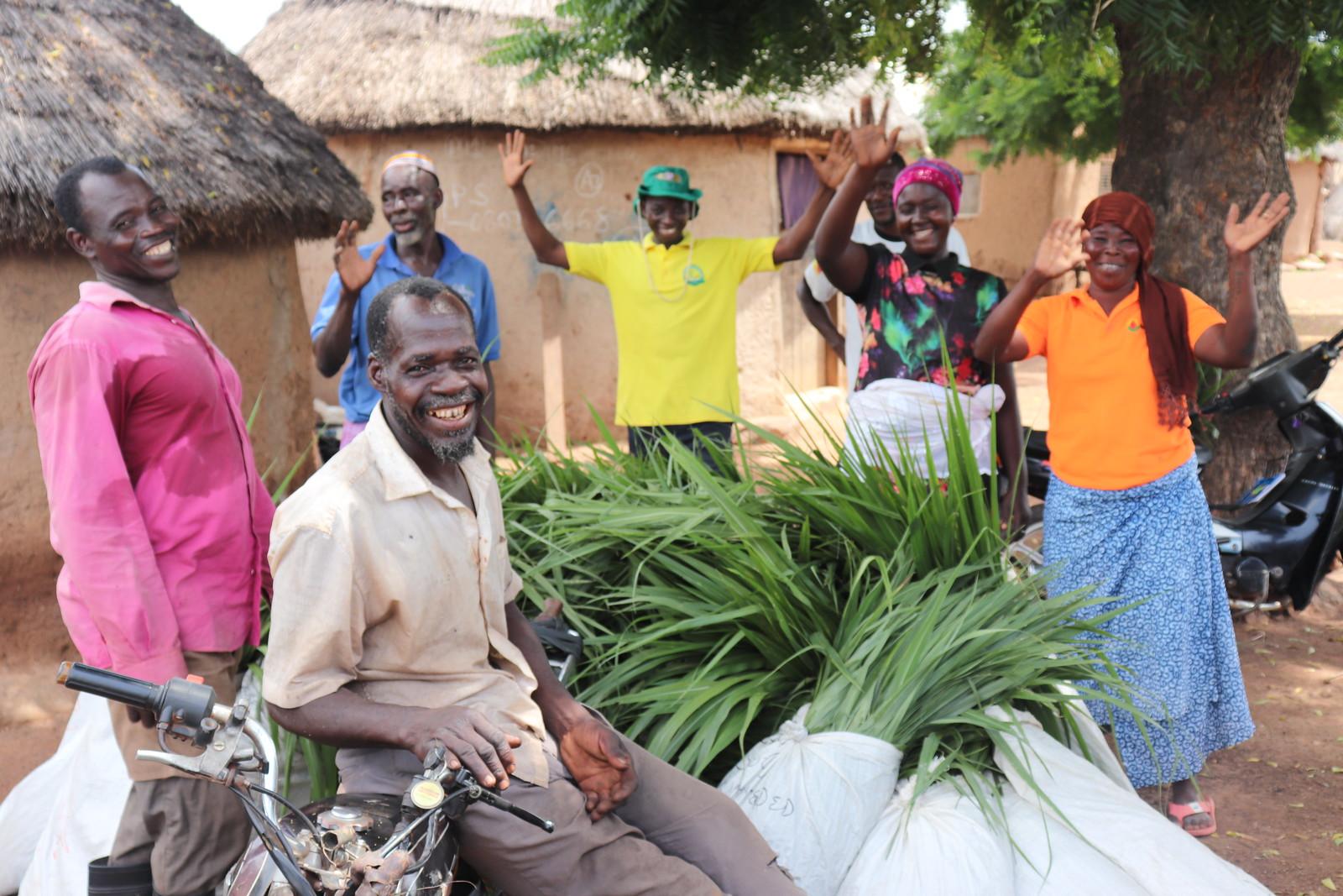 Livestock farmers at Duko express gratitude to AR. Photo credit- Wilhelmina Ofori Duah -IITA