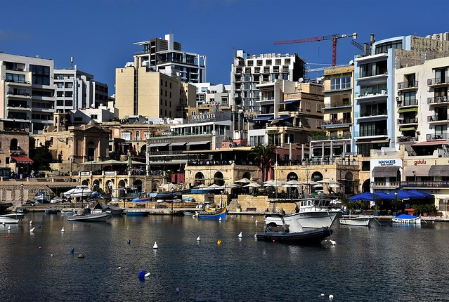Spinola Bay / St. Julian's / Malta