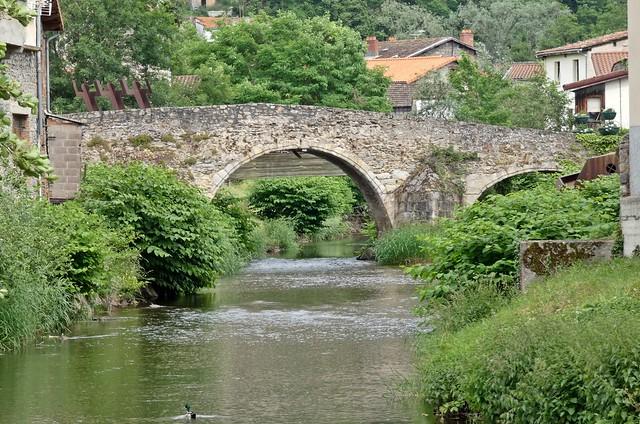 Le pont du navire (ou pont du Moutier)...Thiers