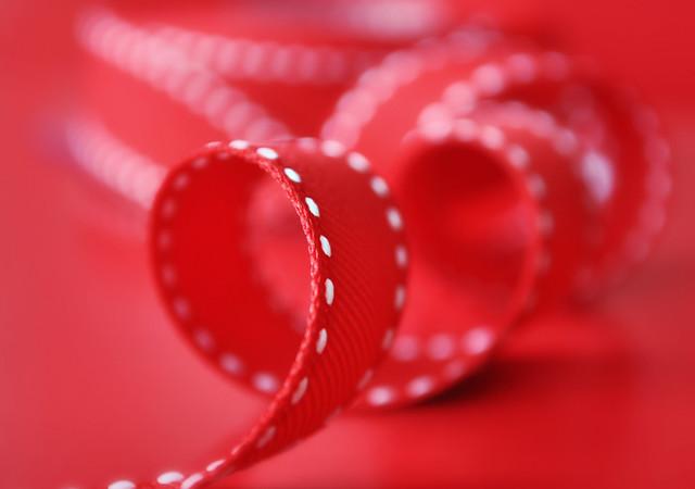 336/365 - red ribbon