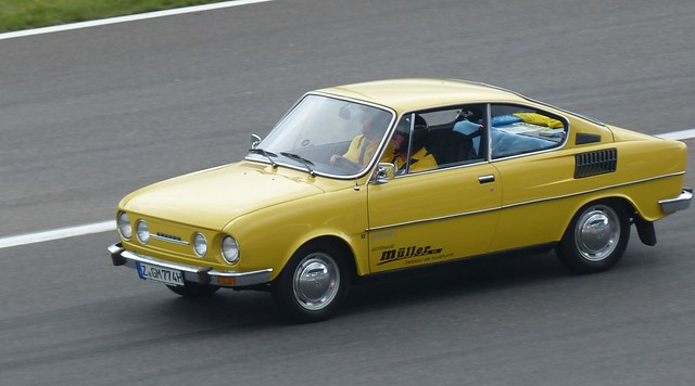 Skoda S110 yellow 1974 vlo