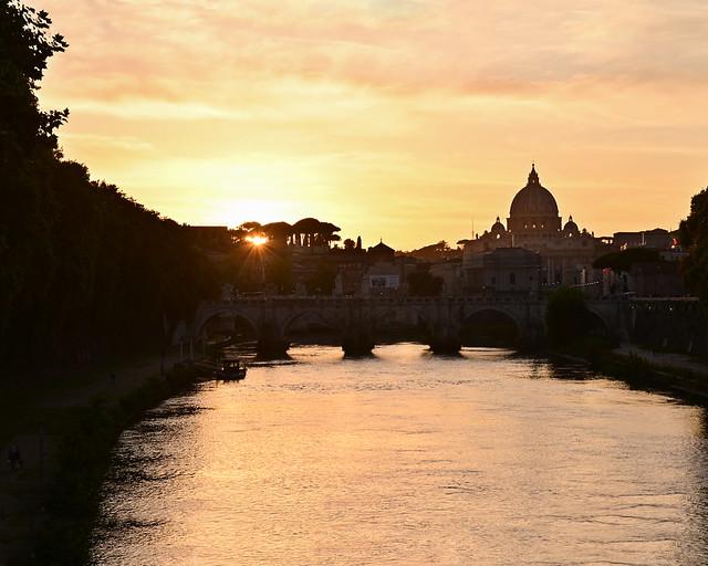 Atardecer desde el puente de Umberto I