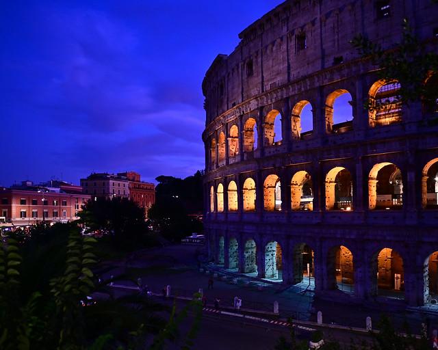 Hora mágica en el Coliseo de Roma