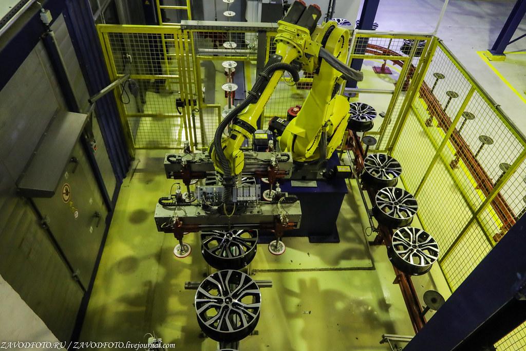 Как делают литые алюминиевые диски на заводе ЛМЗ «СКАД» 999A8962