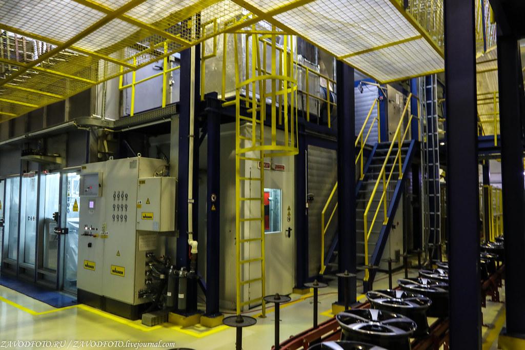 Как делают литые алюминиевые диски на заводе ЛМЗ «СКАД» 999A8838